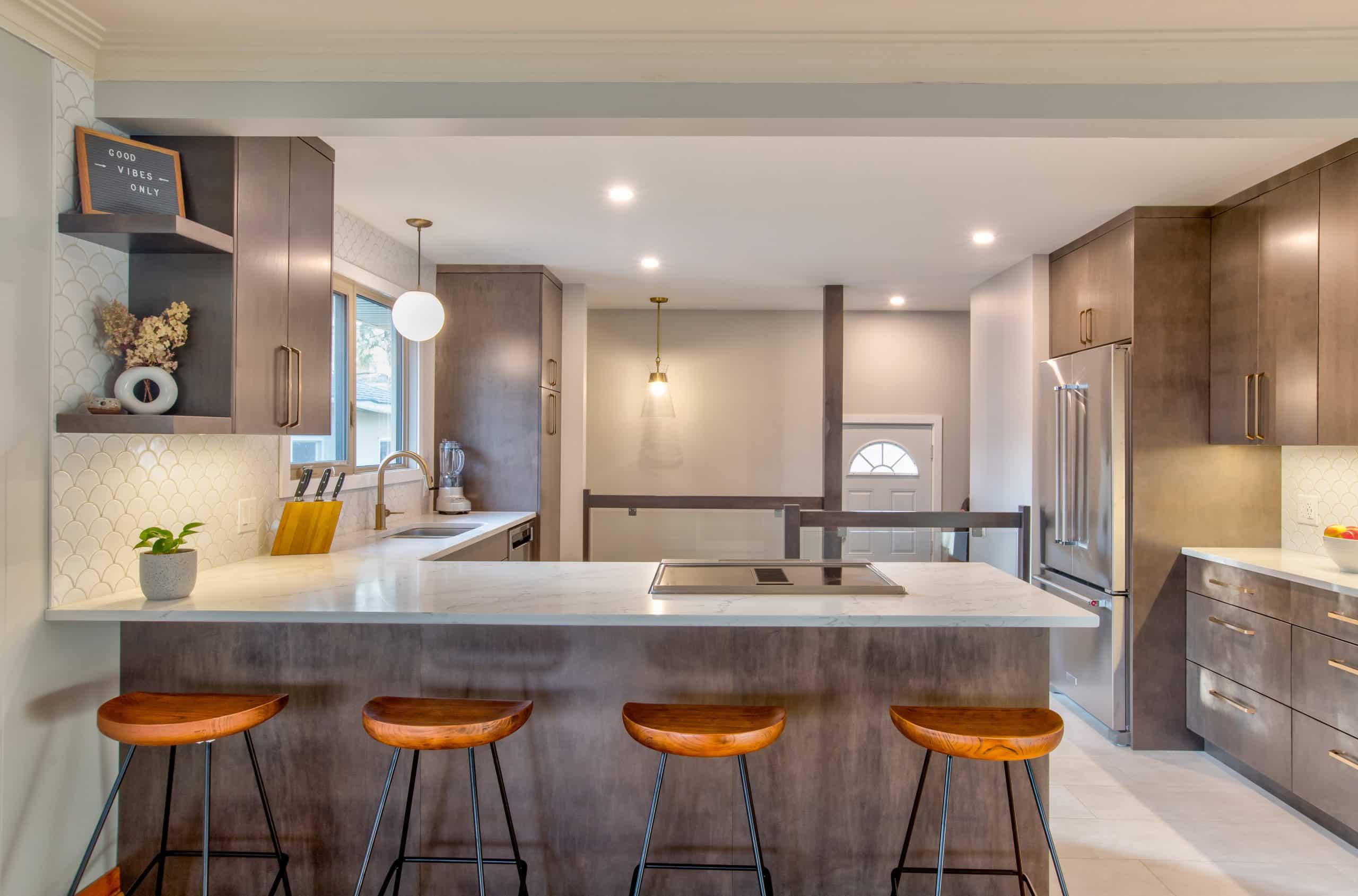 Willowdale Crescent - Hammerdown Construction - Kitchen Renovation Winnipeg